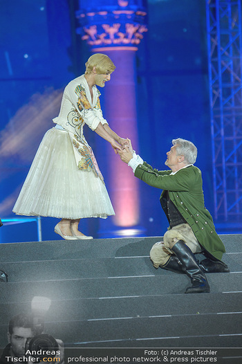 Lifeball 2018 - Eröffnung - Rathaus - Sa 02.06.2018 - Herbert F�TTINGER, Conchita (Wurst), Hochzeit113