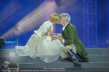 Lifeball 2018 - Eröffnung - Rathaus - Sa 02.06.2018 - Herbert F�TTINGER, Conchita (Wurst),Kussfotos, Hochzeit118