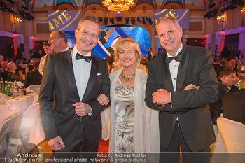 emba Awards 2018 - Casino Baden - Di 05.06.2018 - Martin BREZOVICH, Dagmar KOLLER, Wolfgang KONRAD112