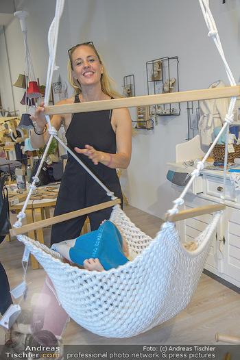 Modepalast Opening - Post am Rochus - Mi 06.06.2018 - Lilian KLEBOW mit Tochter50