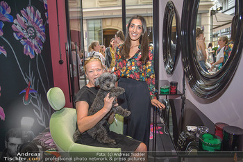 Opening - Brow and Lash Bar - Do 07.06.2018 - Michou FRIESZ  mit Hund Ella, Alma MILCIC31