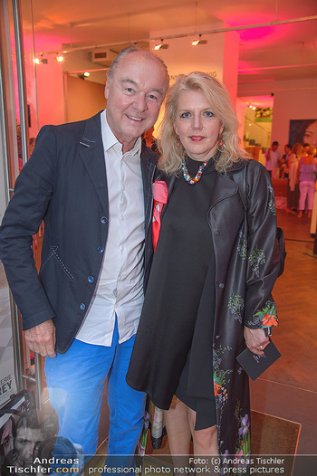 Opening - Brow and Lash Bar - Do 07.06.2018 - Franz BRENNER, Liane SEITZ53
