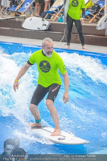 Saisonstart - CityWave SCS Multiplex - Fr 08.06.2018 - Gedeon BURKHARD beim Surfen, Surfbrett, Wellenreiten80
