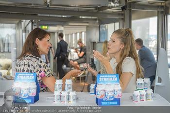 Victoria Swarovski für Orbit - Do&Co Wintergarten Stephansplatz - Mo 11.06.2018 - Victoria SWAROVSKI wird interviewt von Marion NACHTWEY9