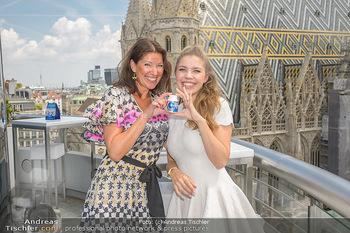 Victoria Swarovski für Orbit - Do&Co Wintergarten Stephansplatz - Mo 11.06.2018 - Victoria SWAROVSKI wird interviewt von Marion NACHTWEY20