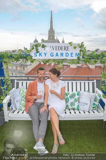 Belvedere Sky Garden - On Top Hypo NOE - Di 12.06.2018 - 63
