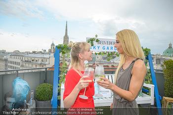 Belvedere Sky Garden - On Top Hypo NOE - Di 12.06.2018 - Rebecca RAPP, Yvonne RUEFF68