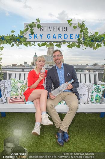 Belvedere Sky Garden - On Top Hypo NOE - Di 12.06.2018 - Markus FERRIGATO, Rebecca RAPP83