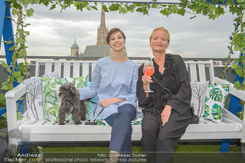 Belvedere Sky Garden - On Top Hypo NOE - Di 12.06.2018 - Maria YAKOVLEVA, Michou FRIESZ107