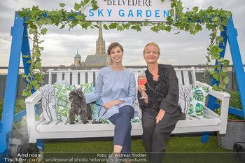 Belvedere Sky Garden - On Top Hypo NOE - Di 12.06.2018 - Maria YAKOVLEVA, Michou FRIESZ108