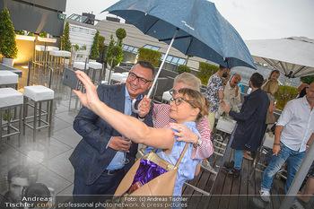 Belvedere Sky Garden - On Top Hypo NOE - Di 12.06.2018 - 148