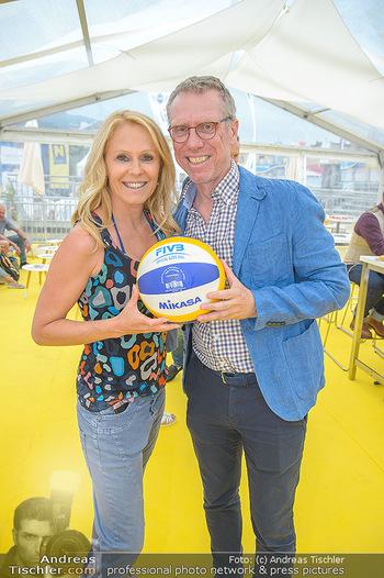 Promi Beachvolleyball - Strandbad Baden - Mi 13.06.2018 - Peter STÖGER, Ulrike KRIEGLER2
