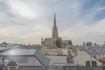 Frank Stronach Buch Die Frage aller Fragen - Skybar - Mi 04.07.2018 - Stephansdom, Wiener Innenstadt, Wahrzeichen Wien Vienna Kirche D15