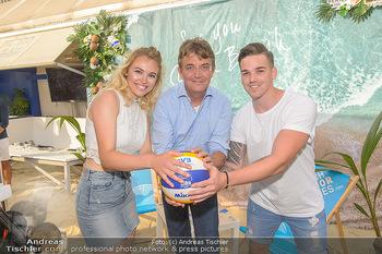 Beachvolleyball Casting - Tel Aviv Beach Club - Mi 04.07.2018 - Hannes JAGERHOFER mit Magdalena und Marcel1