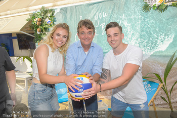 Beachvolleyball Casting - Tel Aviv Beach Club - Mi 04.07.2018 - Hannes JAGERHOFER mit Magdalena und Marcel7
