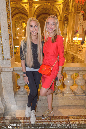 Fashion CheckIn - Wiener Staatsoper - So 08.07.2018 - Liliana KLEIN, Yvonne RUEFF6