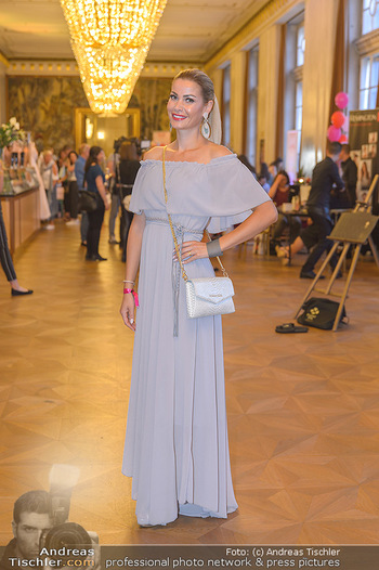 Fashion CheckIn - Wiener Staatsoper - So 08.07.2018 - Carmen STAMBOLI20