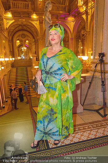 Fashion CheckIn - Wiener Staatsoper - So 08.07.2018 - Andrea BUDAY31