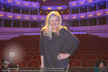 Fashion CheckIn - Wiener Staatsoper - So 08.07.2018 - Ingrid DIEM41