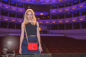 Fashion CheckIn - Wiener Staatsoper - So 08.07.2018 - Liliana KLEIN46