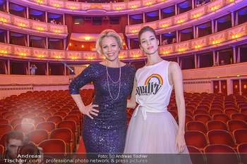 Fashion CheckIn - Wiener Staatsoper - So 08.07.2018 - Maria YAKOVLEVA, Daniela FALLY53