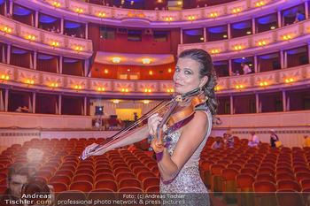 Fashion CheckIn - Wiener Staatsoper - So 08.07.2018 - Barbara HELFGOTT56