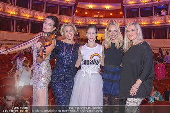 Fashion CheckIn - Wiener Staatsoper - So 08.07.2018 - Barbara HELFGOTT, Daniela FALLY, Maria YAKOVLEVA, Liliana KLEIN,59
