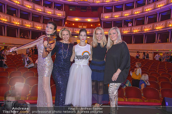 Fashion CheckIn - Wiener Staatsoper - So 08.07.2018 - Barbara HELFGOTT, Daniela FALLY, Maria YAKOVLEVA, Liliana KLEIN,60