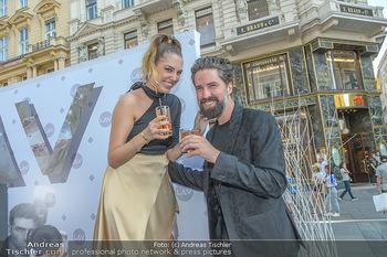 Opening - LAV - Mo 09.07.2018 - Jack GUINNESS, Amber LE BON62
