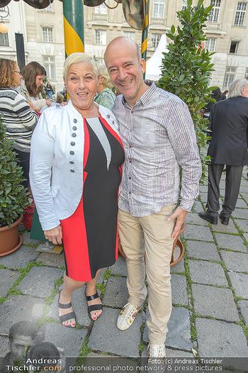 Premiere ´Der eingebildete Kranke´ - Wiener Lustspielhaus Am Hof - Mi 11.07.2018 - Jazz GITTI, Andy LEE LANG4