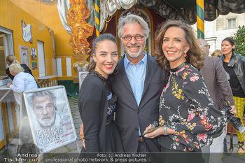 Premiere ´Der eingebildete Kranke´ - Wiener Lustspielhaus Am Hof - Mi 11.07.2018 - Familie Adi HIRSCHAL mit Ehefrau Ela und Tochter Noemi-Maddalena6