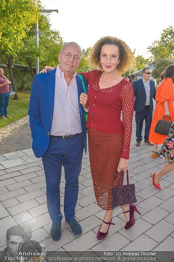 Premiere Gräfin Mariza - Seefestspiele Mörbisch - Do 12.07.2018 - Konstanze BREITEBNER mit Ehemann Peter MAZZUCHELLE15