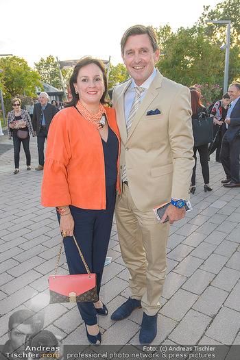 Premiere Gräfin Mariza - Seefestspiele Mörbisch - Do 12.07.2018 - Peter HANKE mit Ehefrau21