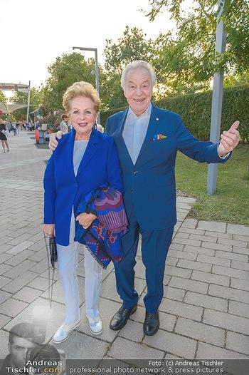 Premiere Gräfin Mariza - Seefestspiele Mörbisch - Do 12.07.2018 - Harald SERAFIN mit Ehefrau Ingeborg26