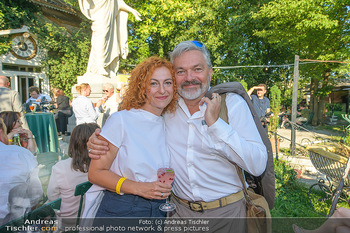 Chris Lohner 75er - Concordia Schlössl - Sa 14.07.2018 - Werner BRIX mit Freundin Magdalena3