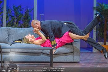 Bühnenfotos ´Boing Boing´ - Stadttheater Berndorf - Sa 21.07.2018 - Bühnenfotos zu Boing, Boing!, Festspiele Berndorf 201854