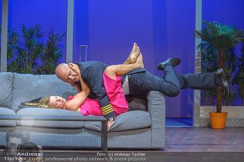 Bühnenfotos ´Boing Boing´ - Stadttheater Berndorf - Sa 21.07.2018 - Bühnenfotos zu Boing, Boing!, Festspiele Berndorf 201855