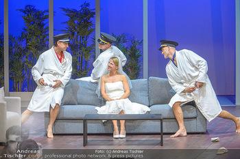 Bühnenfotos ´Boing Boing´ - Stadttheater Berndorf - Sa 21.07.2018 - Bühnenfotos zu Boing, Boing!, Festspiele Berndorf 2018114