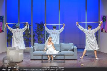 Bühnenfotos ´Boing Boing´ - Stadttheater Berndorf - Sa 21.07.2018 - Bühnenfotos zu Boing, Boing!, Festspiele Berndorf 2018120