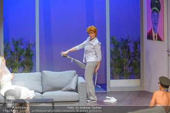 Bühnenfotos ´Boing Boing´ - Stadttheater Berndorf - Sa 21.07.2018 - Bühnenfotos zu Boing, Boing!, Festspiele Berndorf 2018137