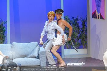 Bühnenfotos ´Boing Boing´ - Stadttheater Berndorf - Sa 21.07.2018 - Bühnenfotos zu Boing, Boing!, Festspiele Berndorf 2018139