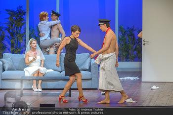 Bühnenfotos ´Boing Boing´ - Stadttheater Berndorf - Sa 21.07.2018 - Bühnenfotos zu Boing, Boing!, Festspiele Berndorf 2018151