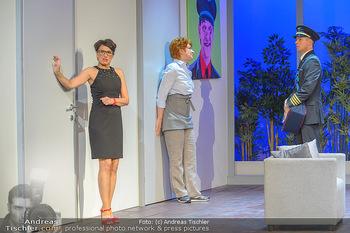 Bühnenfotos ´Boing Boing´ - Stadttheater Berndorf - Sa 21.07.2018 - Bühnenfotos zu Boing, Boing!, Festspiele Berndorf 2018162