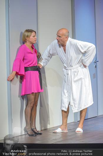 Bühnenfotos ´Boing Boing´ - Stadttheater Berndorf - Sa 21.07.2018 - Bühnenfotos zu Boing, Boing!, Festspiele Berndorf 2018196