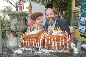Geburtstag Pichowetz und Baumgartner - Marchfelderhof - Di 24.07.2018 - Monika BAUMGARTNER, Gerald PICHOWETZ mit Torte14