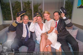 Premiere Boeing Boeing - Stadttheater Berndorf - Do 02.08.2018 - Kristina SPRENGER mit Piloten Cleemns MATZKA, Julian LOIDL, Chri2