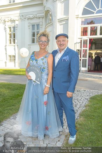 10 Jahre Luxus Lashes - Palais Schönburg - Fr 03.08.2018 - Regina FOLTYNEK mit Ehemann Henryk8