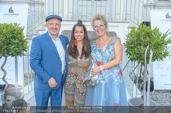 10 Jahre Luxus Lashes - Palais Schönburg - Fr 03.08.2018 - Fernanda BRANDAO, Regina und Henryk FOLTYNEK86