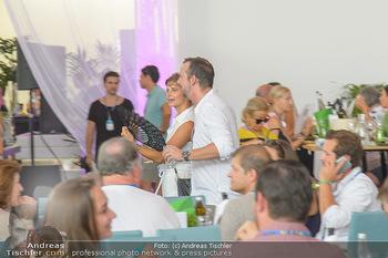Beachvolleyball - Donauinsel Wien - Sa 04.08.2018 - Robert KRATKY mit Freundin Franziska SUMBERAZ14