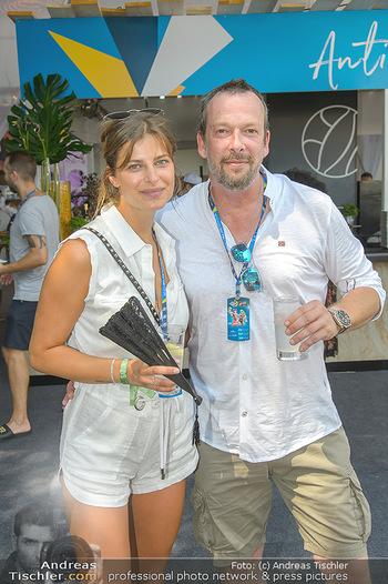 Beachvolleyball - Donauinsel Wien - Sa 04.08.2018 - Robert KRATKY mit Freundin Franziska SUMBERAZ17